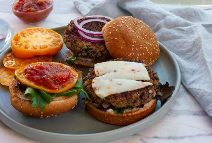 toppings on the black bean burgers