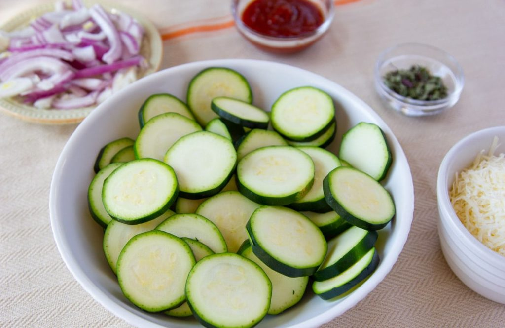 ingredients for zucchini with parmesan